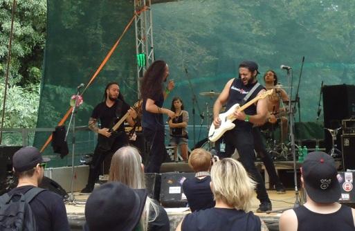 La Armada Punk Rock Holiday